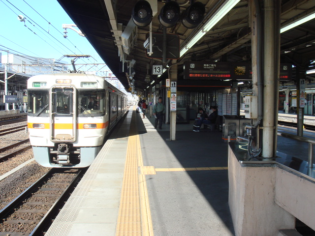 JR名古屋駅 関西本線
