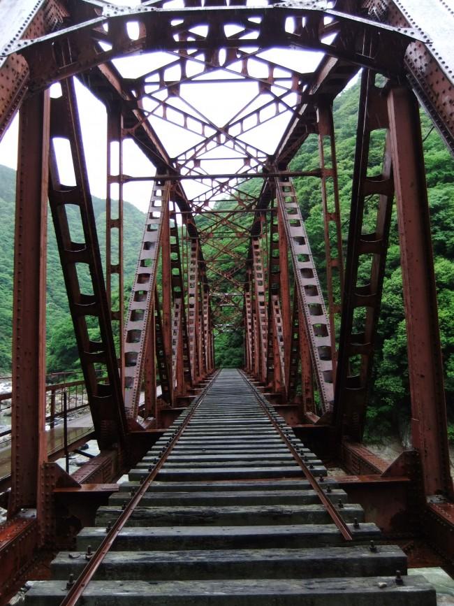 ハイキングコース鉄橋